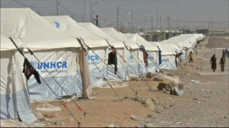 Uciec przed bitwą przez pola minowe, czy pozostać na obszarach ISIS. Dramat mieszkańców Mosulu