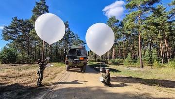 Kolorowe baloniki na usługach armii - jakie mają zadanie?
