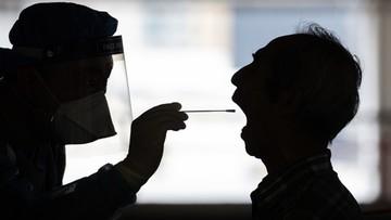 Ponad 400 nowych przypadków koronawirusa. Wśród ofiar 37-latek