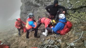 Groźny wypadek w Tatrach. Taternik spadł na Zadnim Kościelcu. Sześciogodzinna akcja TOPR [ZDJĘCIA]