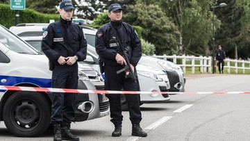 Islamista zamordował policjanta i jego żonę. Funkcjonariuszowi zadał 9 ciosów nożem