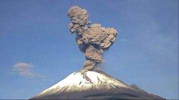 Wulkan wyrzucił chmurę popiołu. 20 milionów ludzi w strachu