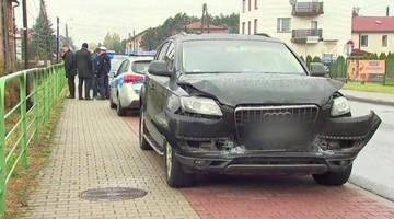 """""""SE"""": rozbijają auta, dostają bonusy. Ponad 5 mln zł premii dla funkcjonariuszy SOP"""