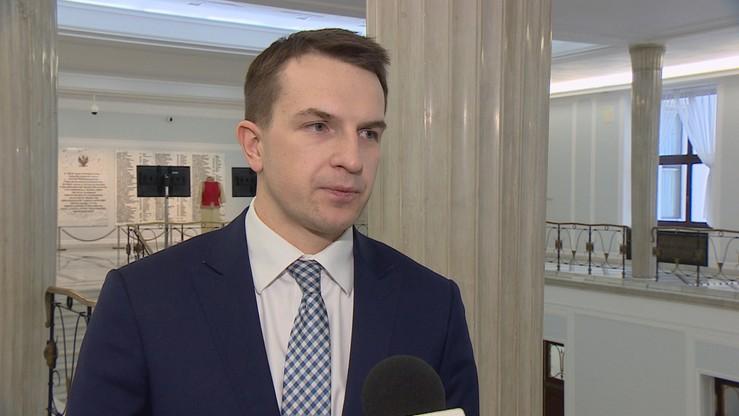 Nowoczesna zapowiada wniosek o odwołanie ministra Błaszczaka. PiS: negatywne podgrzewanie emocji