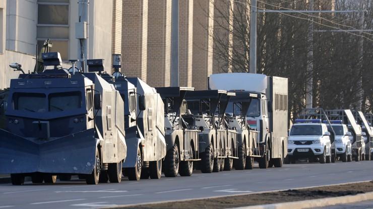 Milicja na ulicach Mińska. Setki zatrzymanych przed zapowiadanym protestem