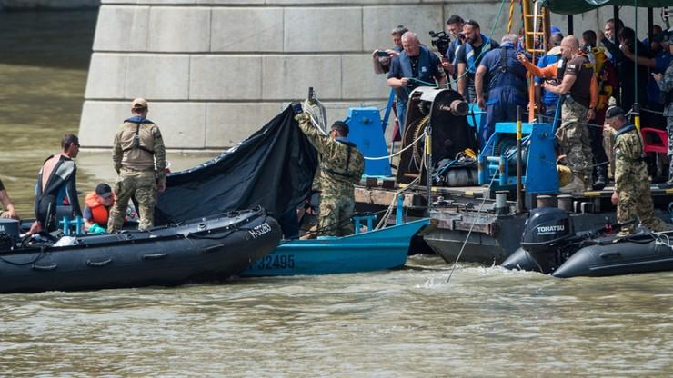 Znaleziono dwa ciała ofiar zatonięcia statku w Budapeszcie. 17 osób nadal poszukiwanych