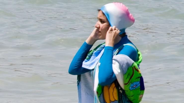 Górak-Sosnowska o zakazie noszenia burkini: a co z Chinkami, które noszą piankę, żeby się nie opalić?