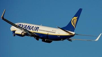 """Wyrok dla Polki, która na pokładzie Ryanaira paliła papierosy i kazała załodze """"sp...ć"""""""
