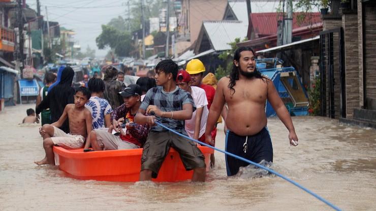 Silne trzęsienie ziemi na Filipinach. Wydano ostrzeżenie przed tsunami