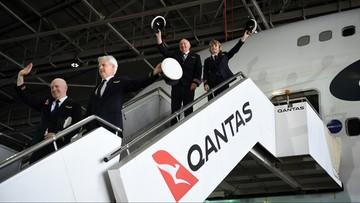 """Samolot """"narysował"""" kangura na niebie. Efektowne pożegnanie z linią"""