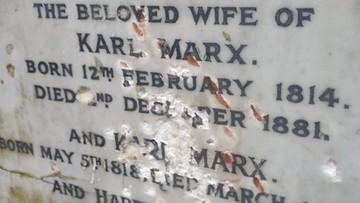 Zdewastowano grób Karola Marksa na cmentarzu w Londynie