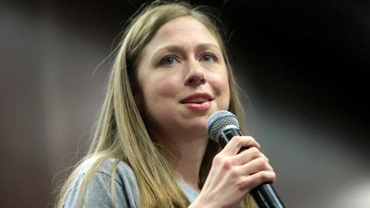 """""""Zamierza pójść w ślady rodziców"""". Media o Chelsea Clinton"""