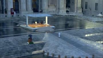 Wyjątkowa modlitwa papieża. Pusty plac Świętego Piotra