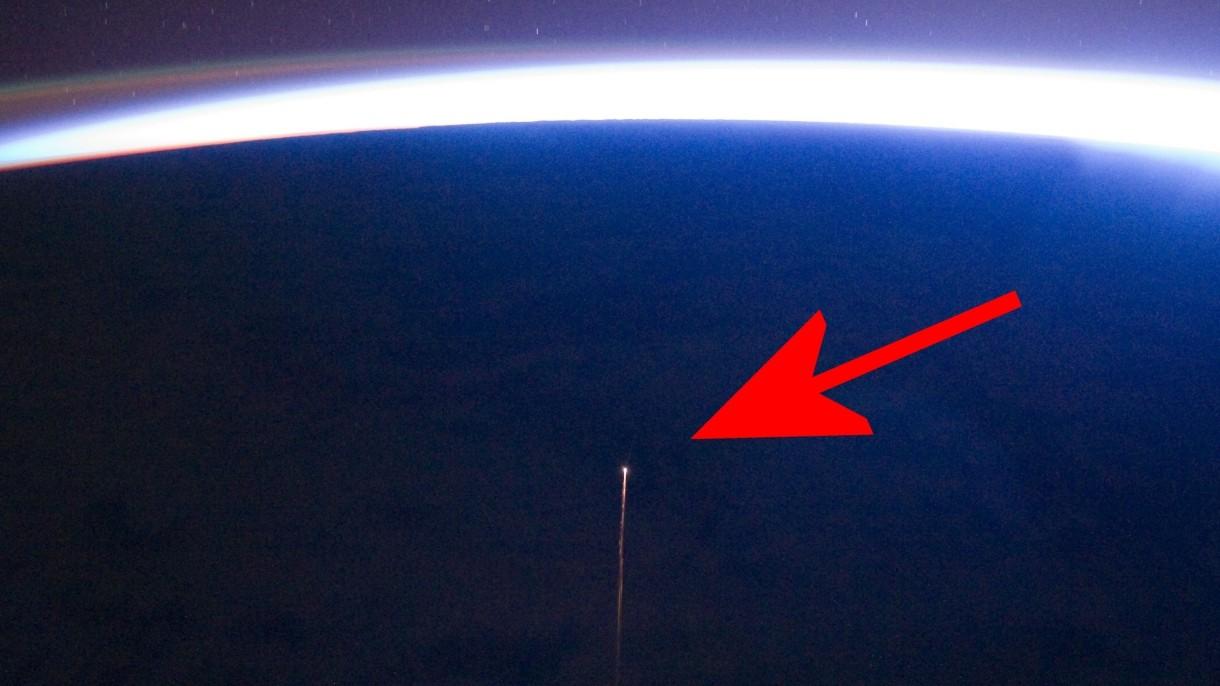Zobacz, jak Rosjanie spalili w atmosferze statek kosmiczny i moduł Pirs