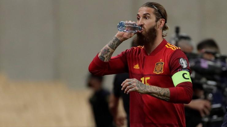 """Hiszpańskie media: Nad kadrą unosi się """"duch"""" Sergio Ramosa"""