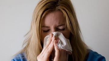 Ponad pół miliona zachorowań na grypę w marcu. W tym czasie z powodu choroby zmarły 22 osoby