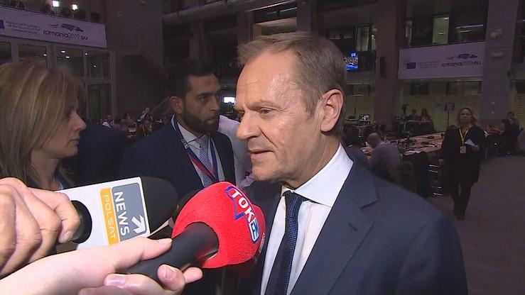 """Tusk nie stawi się we wtorek na komisji ds. VAT. """"Jest bardzo zajęty"""""""