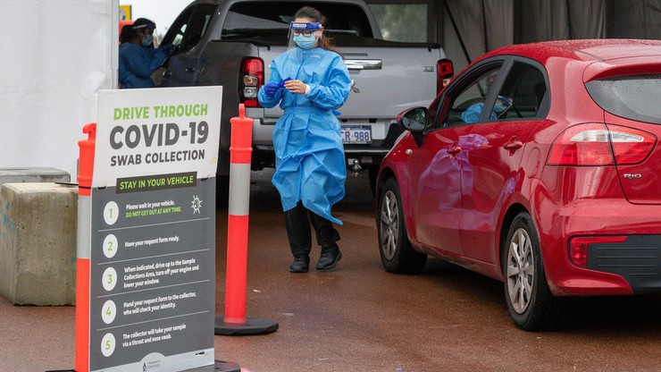 Australia. Niemal połowa ludności objęta lockdownem w związku z rosnącą liczbą zakażeń COVID-19