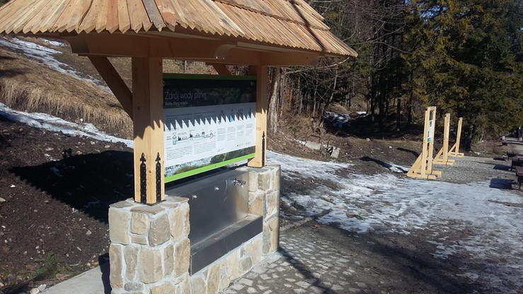 W Tatrach postawiono darmowe wodopoje dla turystów. Na razie tylko w Kuźnicach
