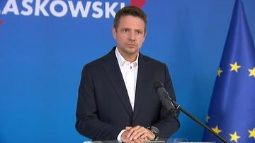 Trzaskowski apeluje do rządu: zajmijcie się pracą. Jest odpowiedź