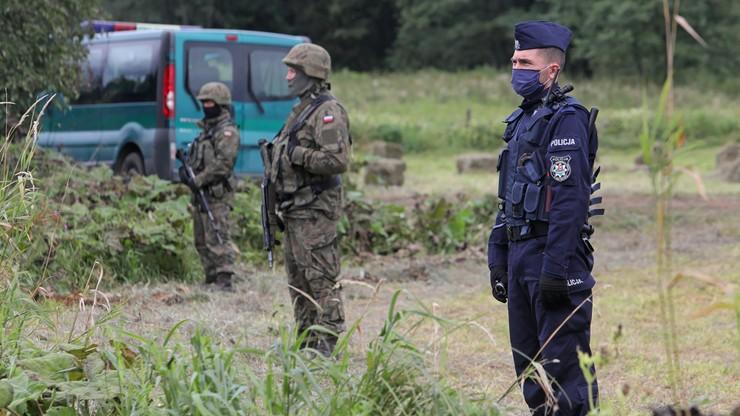 Usnarz Górny. Nowe posiłki wojska i policji na granicy polsko-białoruskiej