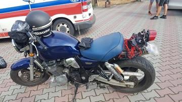 """Weselna """"brama"""" ustawiona przez nastolatków pułapką na motocyklistów"""