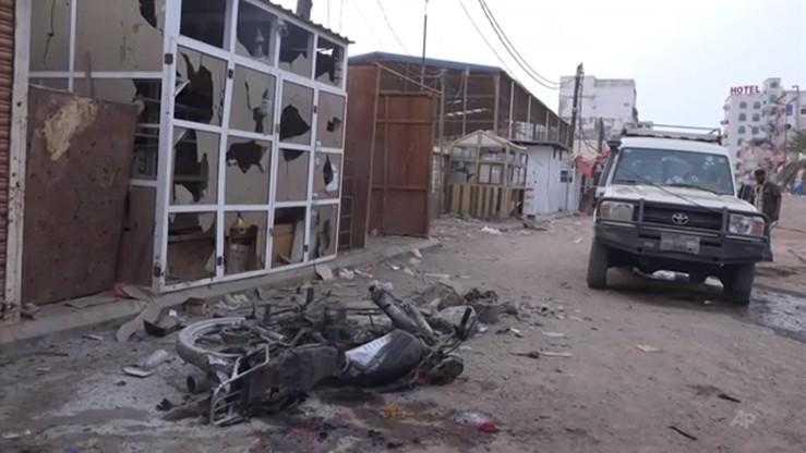 Sojusznicy USA w Jemenie nie odnoszą zwycięstw nad Al-Kaidą, lecz je opłacają. Śledztwo agencji AP