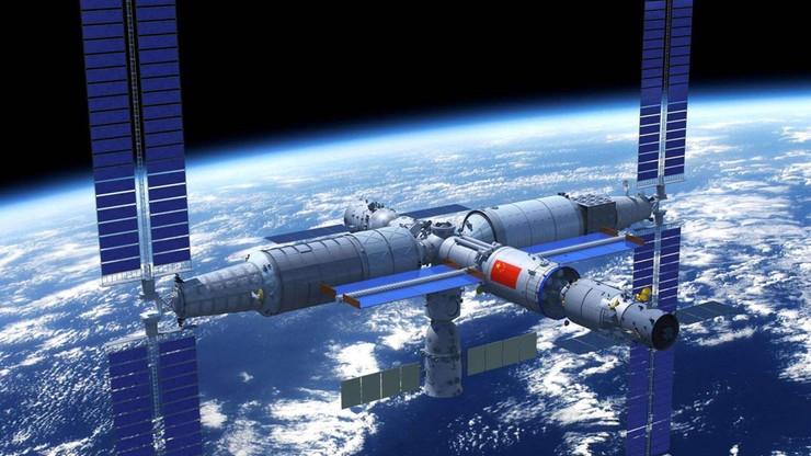 """Chiny budują stację kosmiczną. Statek z zaopatrzeniem Tianzhou-3 dotarł do """"harmonii niebios"""""""