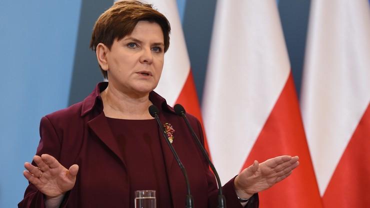 """Szydło: kluby opozycyjne, poza Kukiz'15, odrzucają wyciągniętą dłoń. """"Szkoda czasu na dąsy opozycji, która sama nic nie proponuje"""""""