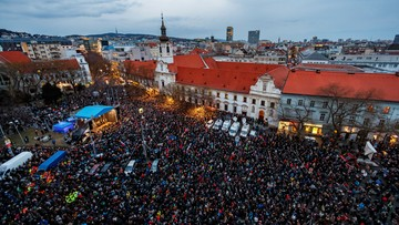 25 tys. osób w Bratysławie na demonstracji w rocznicę zamordowania Kuciaka