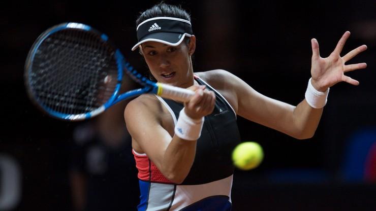 """Muguruza o WTA w Stuttgarcie: Plecy bolą mnie od przejścia na """"cegłę"""""""
