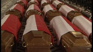 """Szacunek kontra """"potrzeba poznania prawdy"""". Episkopat o ekshumacji ofiar katastrofy smoleńskiej"""