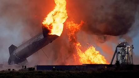Zobacz na filmie w 4K i w spowolnieniu eksplozję prototypu SN11 statku Starship [WIDEO]