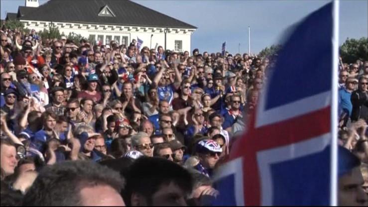 Tysiące islandzkich kibiców przywitały swoich piłkarzy