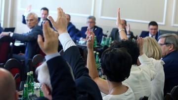 Sejmowa komisja skończyła prace nad projektem nowej ustawy o TK. Poprawki opozycji odrzucone