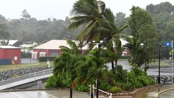 Potężny cyklon zbliża się do Australii. Tysiące ewakuowanych