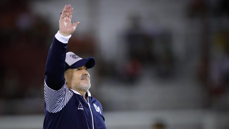 """Diego Maradona po operacji mózgu. """"Zabieg się udał"""""""