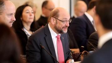 Schulz zrównał się z Merkel pod względem popularności