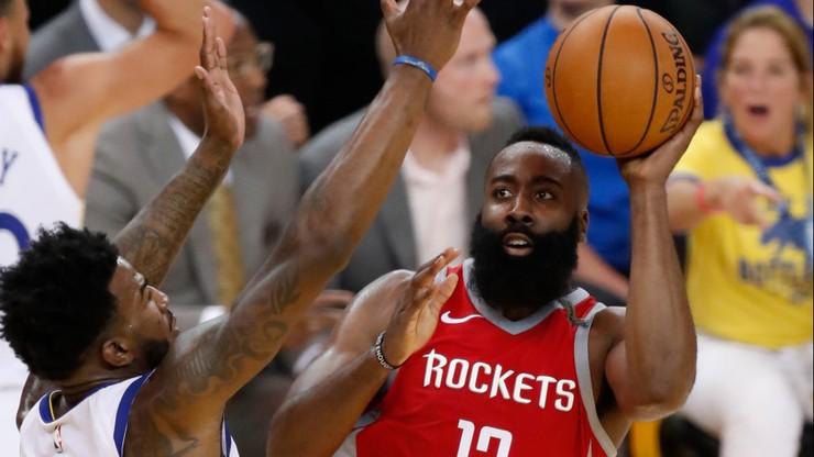 """NBA: """"Rakiety"""" dziesiąty raz z rzędu wygrały ze """"Słońcami"""""""
