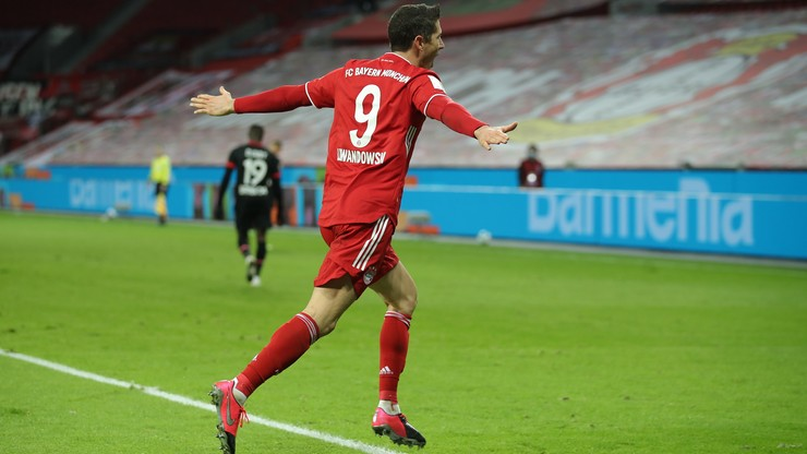 Bundesliga: Dwa gole Lewandowskiego, Bayern liderem!