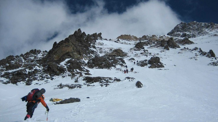 Wyprawa na K2: Urubko postradał zmysły? Ruszył samotnie na szczyt