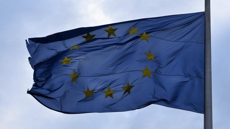 """""""Niewiarygodny akt wrogości"""". UE przywróciła kontrole na granicy Irlandii i Irlandii Północnej"""