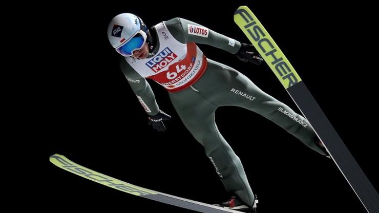 MŚ Oberstdorf 2021: Kamil Stoch szósty w kwalifikacjach. Pięciu Polaków w konkursie
