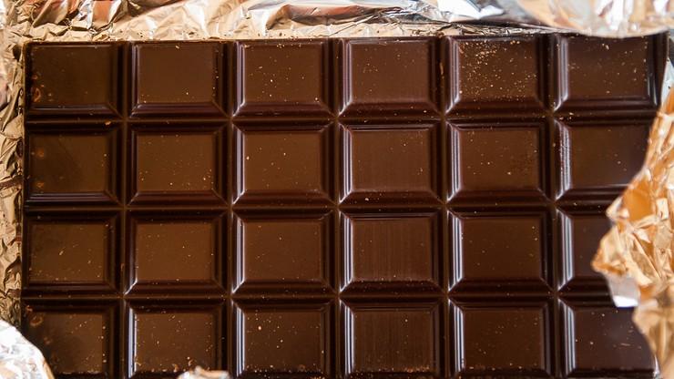 Firma nie może nazwać nowej czekolady czekoladą, bo nie ma w niej... cukru