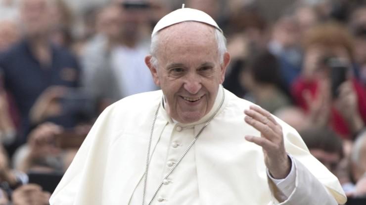 Papież pozdrowił pracowników służby zdrowia w Polsce