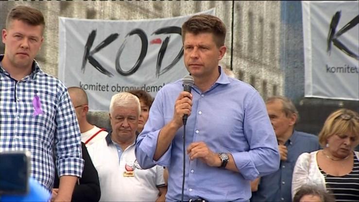 Petru: osobą łączącą dla opozycji w parlamencie mogłaby być Ewa Kopacz