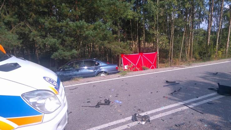 Pijany kierowca bmw śmiertelnie potrącił rowerzystkę. Wyprzedzał na zakręcie