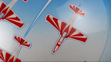 Feniks, eskadra samolotów i lew ze skrzydłami husarza. Niezwykłe kaski polskich skoczków