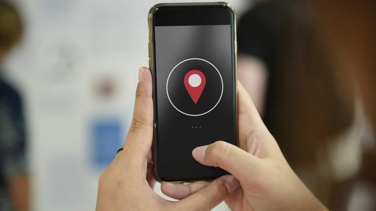 Dane z telefonów komórkowych na pomoc w walce z koronawirusem