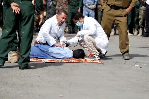 Lekarze sprawdzają stan Mohammeda Armana